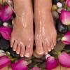 Η φροντίδα των ποδιών με αρωματοθεραπευτική αγωγή